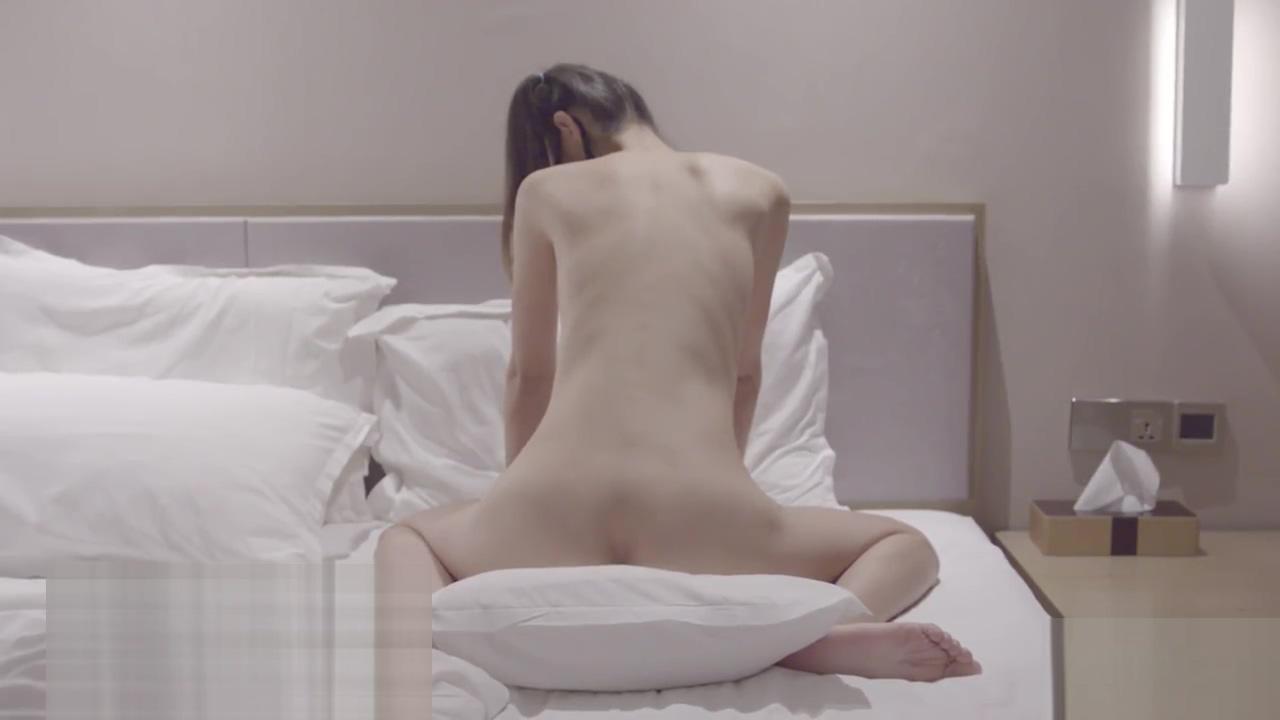 Big breast and thin waist girl 01