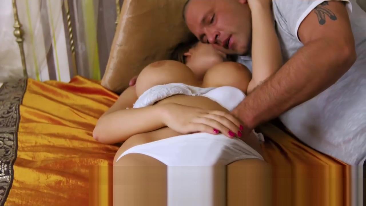 Chesty virgin Aza Puzo enjoying foreplay